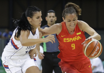 Ana Dabovic (left, Serbia) and Laia Palau (Spain) during their basketball game