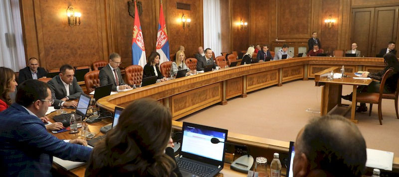 Serbia reduces risk, costs of borrowing