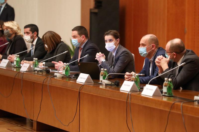 Od 20. decembra bavezan PCR test za strance pri ulasku u Srbiju