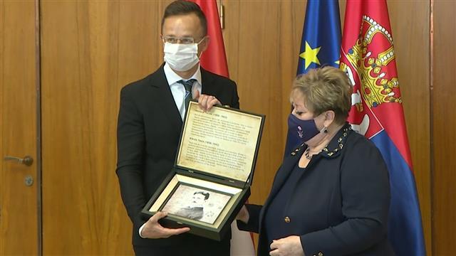 Srbija i Mađarska potpisale dva memoranduma